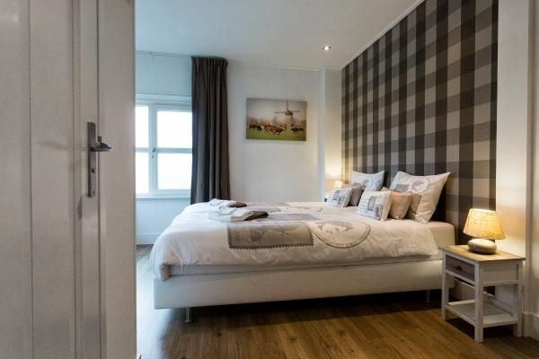 slaapkamer-4c30A6E372-662D-94BB-F7D7-44336A76EE2C.jpg